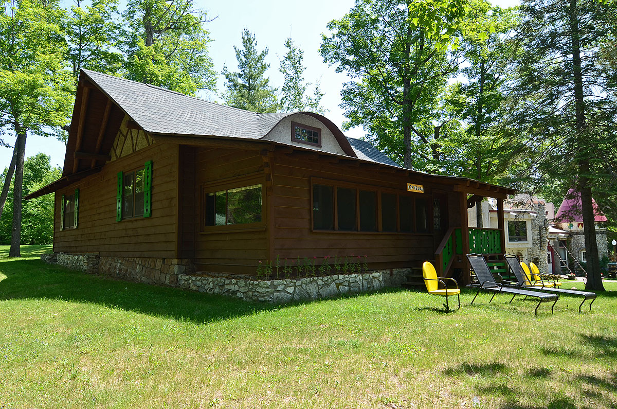 away united rent states geneva manitowish cast cabins waters rooms for lake wisconsin in